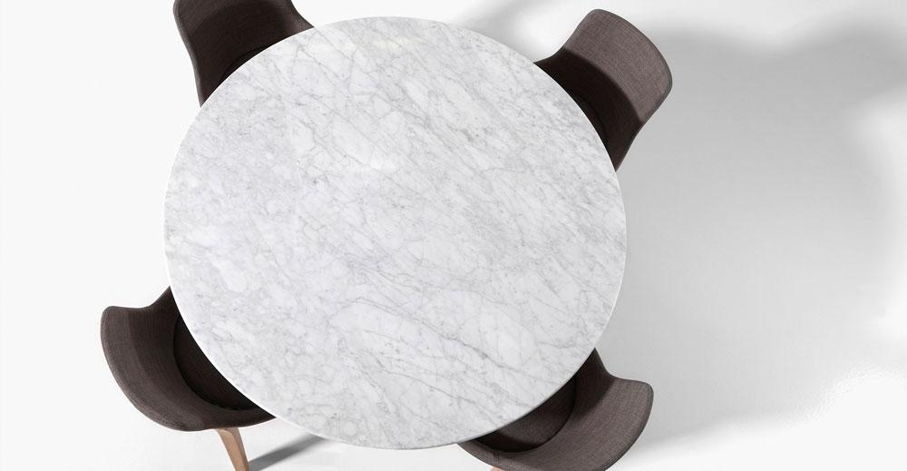 Ronde Stenen Tafel.De Ronde Eettafel Met Een 19mm Dik Marmer Blad En Eiken Poten